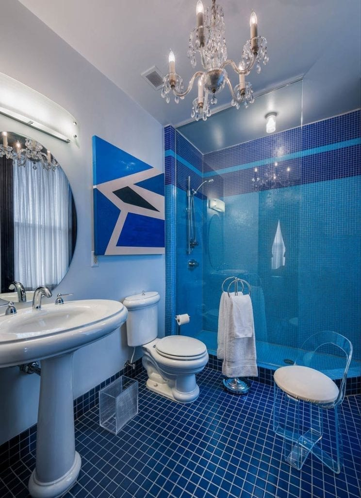 Bathroom Junior King Suite